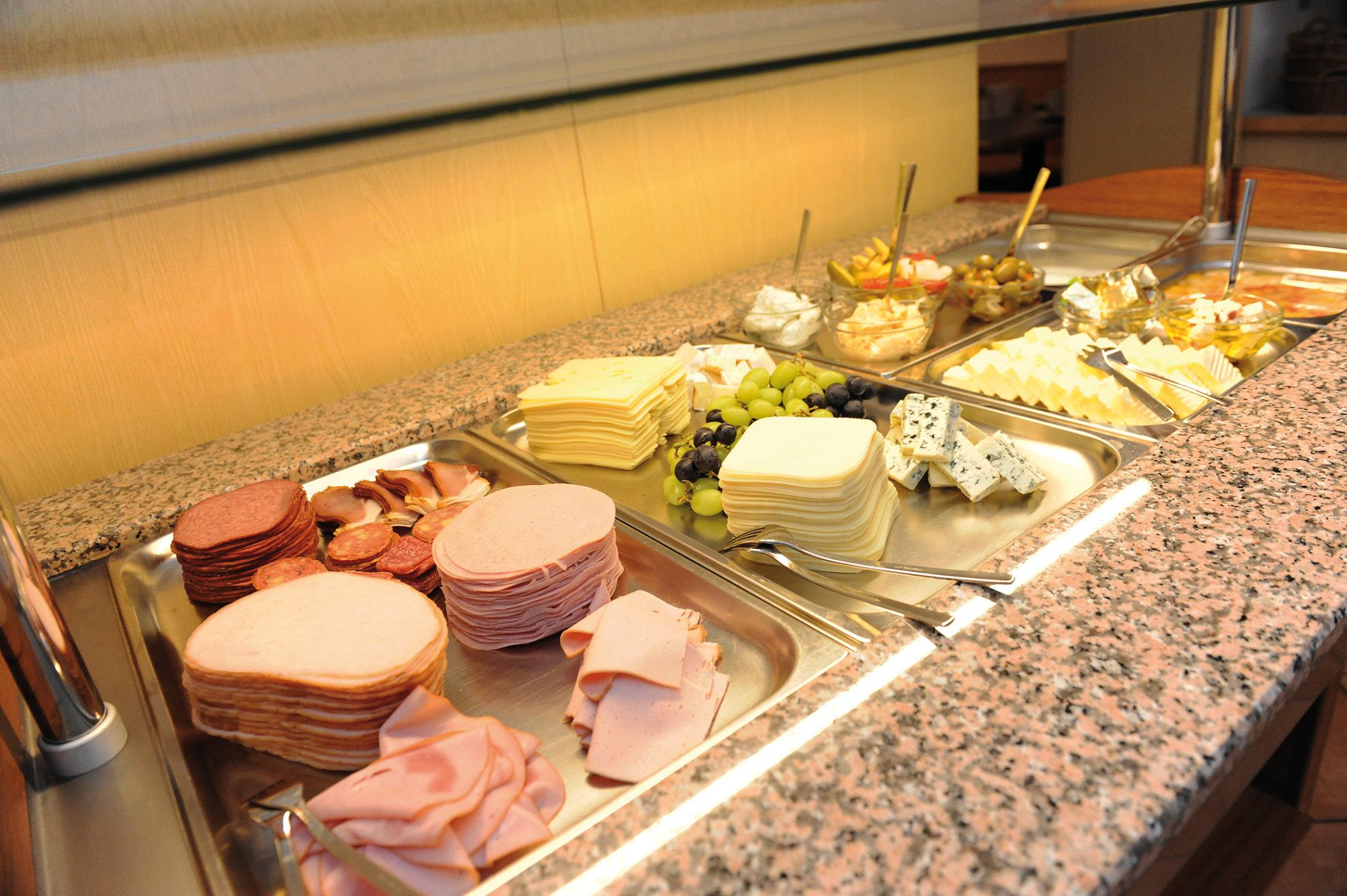 Fruehstuecksbuffet DSC 3471