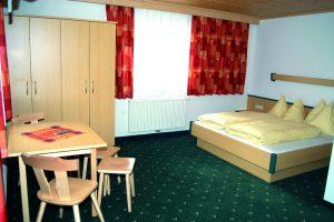Zimmer (Doppeltbett)